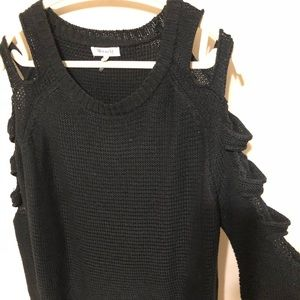 Tops - Ladder sleeve sweater 🔥🔥❤️
